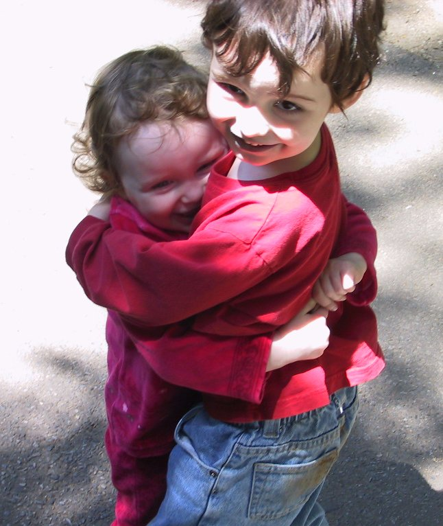 Big_hug_1_2